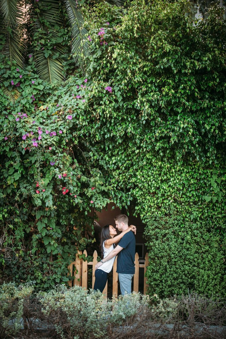 Venice Canals Engagement Pictures_21